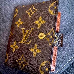 **Authentic Louis Vuitton Mini Agenda**